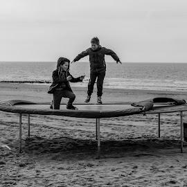 by Zlatko Cheshlarov - Black & White Portraits & People