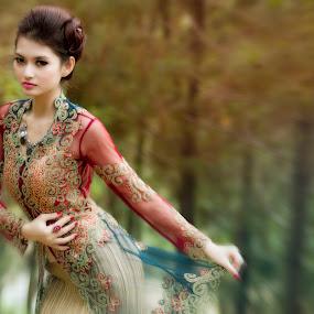by Lucky  Ariya wijaya - People Fashion