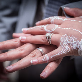 Henna Rings by Pierre Vee - Wedding Details