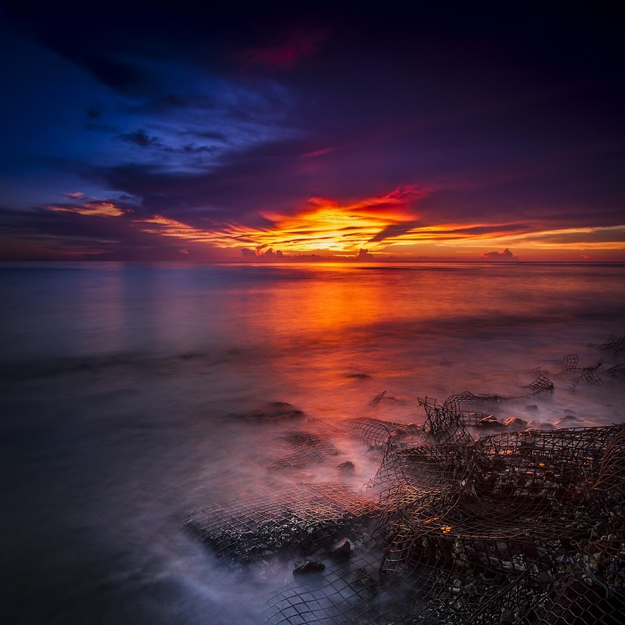 Sunset Rua Beach by Fahriadi Yusuf Abdulfattah - Landscapes Sunsets & Sunrises ( sunset, twilight, sea, sunshine, beach, seascape, dusk )