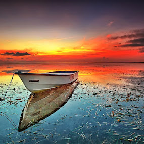Almost Rise Up. by Agoes Antara - Transportation Boats