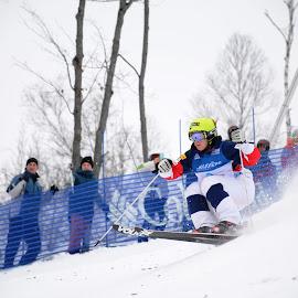 Hanna Kearny by Michel Burelle - Sports & Fitness Snow Sports