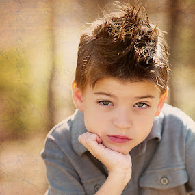 Thinker by Michiyo Clark - Babies & Children Child Portraits ( child photographer, dallas photographer, michiyo c photography )