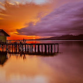 Sunset in torosiaje by Tamin Ibrahim - Landscapes Sunsets & Sunrises
