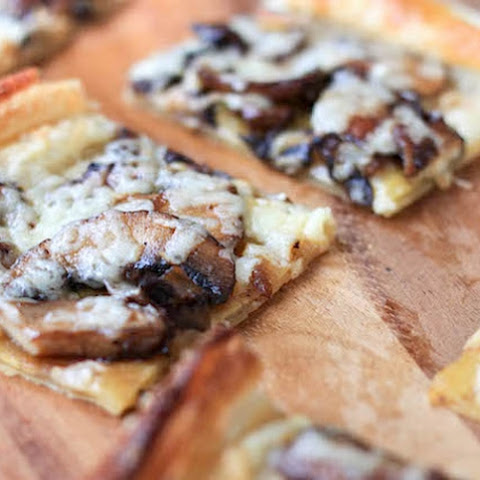 Tasty Flatbreads with Mushroom