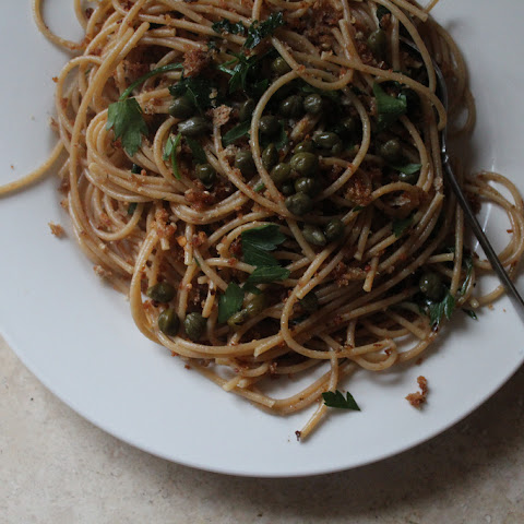 Spaghetti with Breadcrumbs, Capers, Anchovies and Parsley