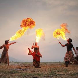 kesongo by Pujo Tri Susanto - People Musicians & Entertainers
