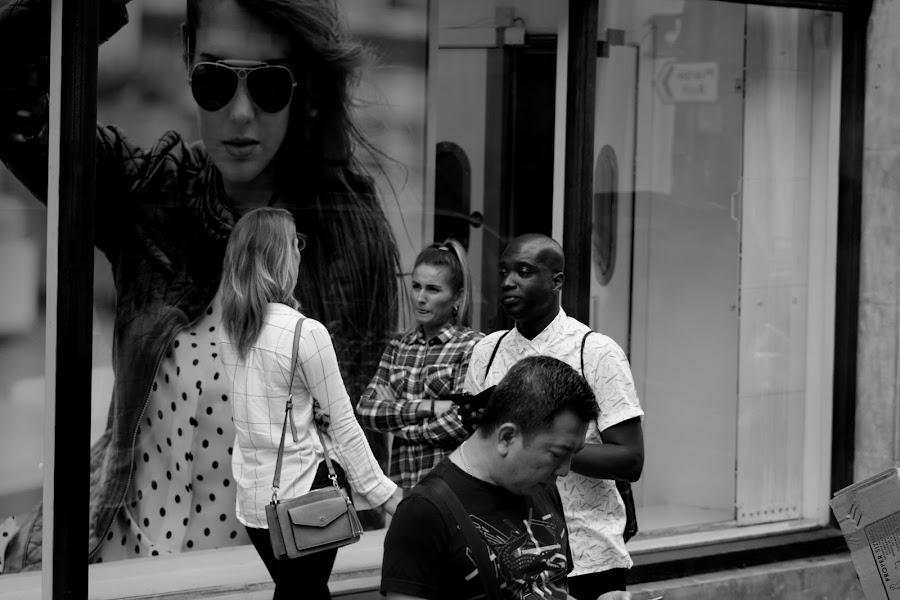 Free show by Sorin Di Rokko - Black & White Street & Candid