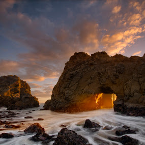 Hole in the wall. by Dustin Penman - Landscapes Sunsets & Sunrises ( big sur, sunset, ca. dustin, rock, beam, beach, pfeiffer, penman, light, hole )