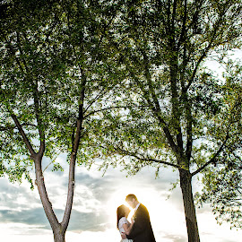 by Jovan Barajevac - Wedding Bride & Groom ( love, novi sad, sunset, dress, wedding, backa topola, lake, shade, bride, jezero, groom, just married, vojvodina )