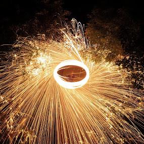 Steel wool by Alex Nicholson - Abstract Fire & Fireworks