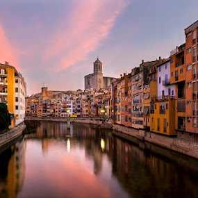 Girona Sunrise by Rich Voninski - City,  Street & Park  Historic Districts