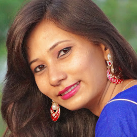 Farhana by Asif Bora - People Portraits of Women