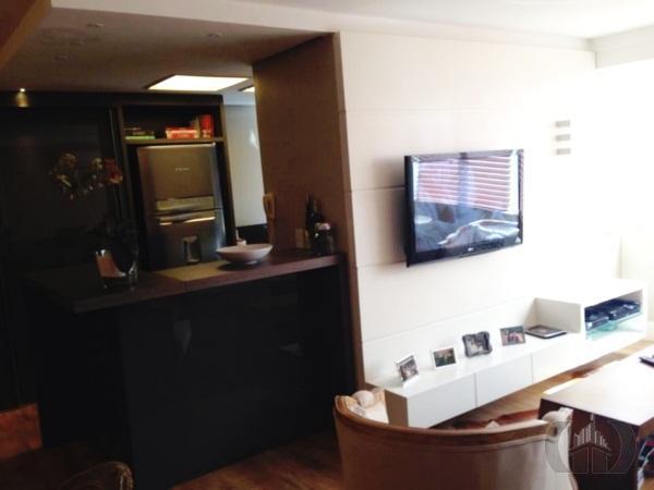 Apartamento de 2 dormitórios à venda em Mont Serrat, Porto Alegre - RS
