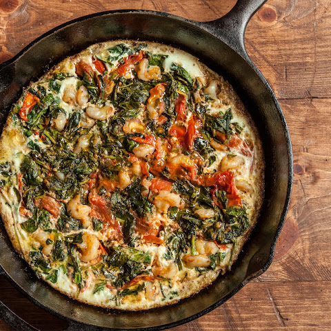 Egg-White Frittata with Shrimp, Tomato, and Spinach