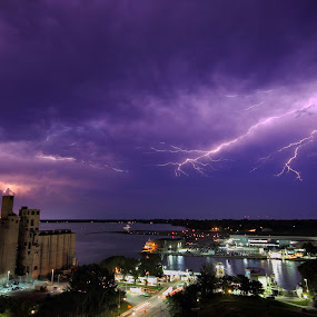 Toronto Lightning Storm by Andy Barrow - Landscapes Weather ( toronto lightning storm night city )