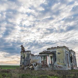 ruina.jpg