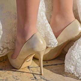 Stone city wedding by Miho Kulušić - Wedding Details ( wedding photos destination, shoes, detail, dubrovnik, wedding, stone, bride, wedding details )