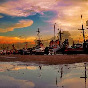 Sunda Kelapa by Haryadi Chalil - Transportation Boats
