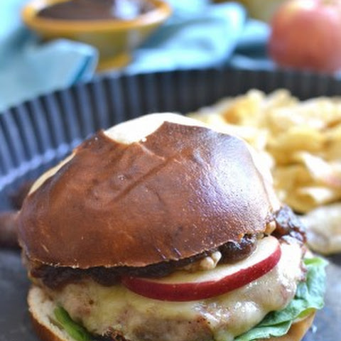 Cheddar Apple Turkey Burgers