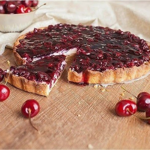 Cherry Tart With Custard
