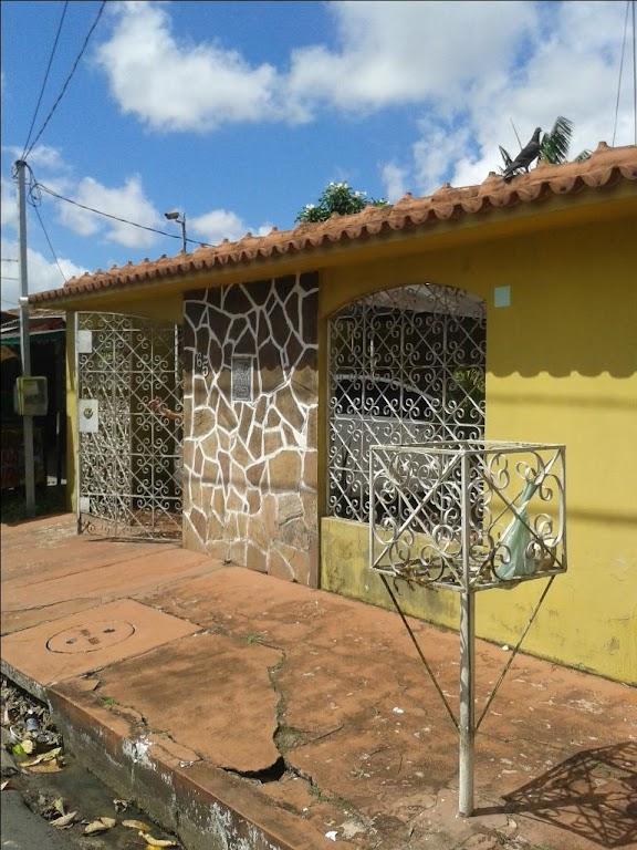 Casa 3 dormitorios à venda CJ Cordeiro de Farias, Tapanã, Be