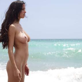 by Ganesh Pixoto - Nudes & Boudoir Artistic Nude