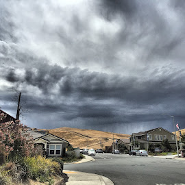 Storm approaching by Marina Wainwright - Landscapes Weather ( ca, weather, storm )
