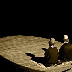 mevlana 1 by Samet Işık - People Group/Corporate ( osmanlı, religion, sema, whirling ceremony, mevlana, konya, türkiye, rumi, turkey, ceremony, shot, black )