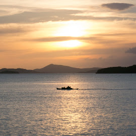 Filipino Sunset by David Mason - Landscapes Sunsets & Sunrises ( holiday, coron, philippines, , relax, tranquil, relaxing, tranquility )