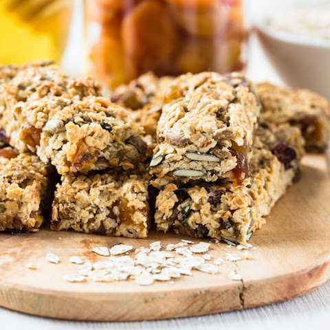 Healthy Homemade Granola Bar Recipe with Banana, Apricots and Pumpkin Seeds