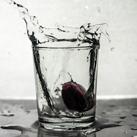 Cherry Vodka by Muhammad Nurnaaim - Abstract Water Drops & Splashes