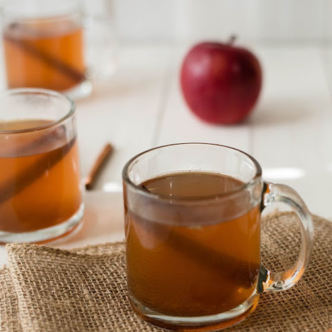 Easy Hot Apple Cider
