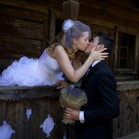 Romeo and Juliet by Aurel Virlan - Wedding Bride & Groom ( romantic kiss, romeo and juliet, wedding, bride and groom )
