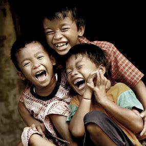 by Yuz Yuyuz - Babies & Children Children Candids