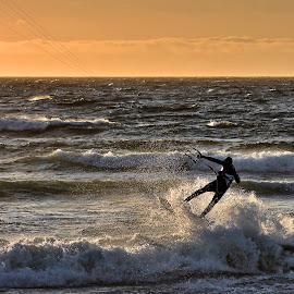 Kiting by Roar Randeberg - Sports & Fitness Watersports ( watersports, waterscape, waves, sunset, kiting, seascape )