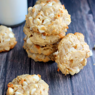 White Chocolate Macadamia and Coconut Cookies