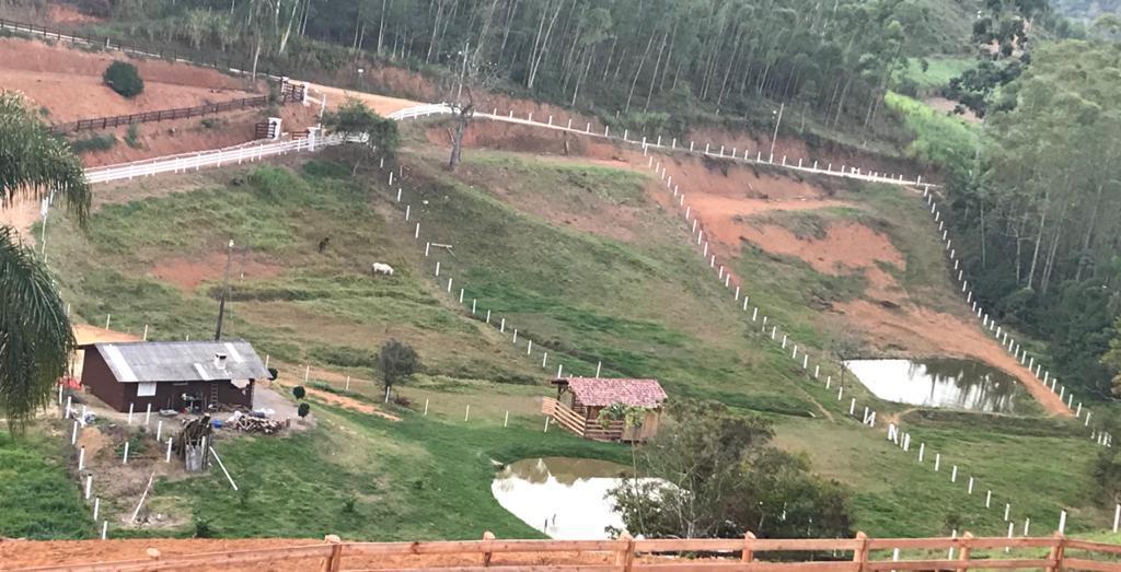 Terreno à venda, 4022 m² por R$ 130.000,00 - Oliveira - Tijucas/SC