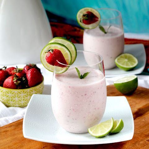 Strawberry and Key Lime Banana Smoothie