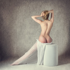 Lulu's Back by John McNairn - Nudes & Boudoir Artistic Nude ( colour, studio, scotland, model, creative )