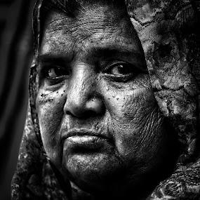 Potraits by Debamalya Dasgupta - People Portraits of Women ( #blackandwhitephotography#natgeo#creativeimage#indiagram#indiaphotosociety#portaits,  )