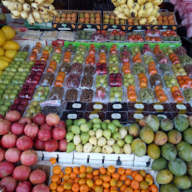 Colourful Fruits for Sale by Rajkumar Nallathambi - Food & Drink Fruits & Vegetables ( shop, colorful, fruits, fruits and vegetables, sale, colours )