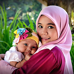 by Ibrahim Samsudin - People Family