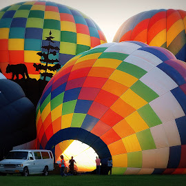 See ya on the other side by Kenneth Cox - Transportation Other ( sunburst, hot air balloon, hot air balloons, balloon, sun rays )