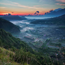 Morning at Pinggan Village, Bali by Fuad Arief - Landscapes Mountains & Hills ( bali, kintamani, indonesia tourism, pinggan village, landscape photography, sunrise )