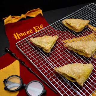 Hogwarts House Elves Curry Puff