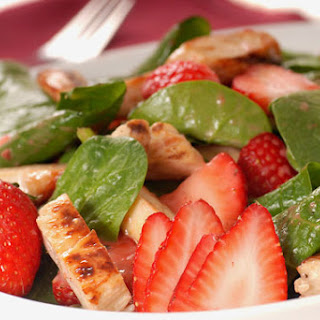 STRAWBERRY & CHICKEN SALAD