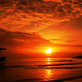 Tanjung Kelayang by Zlatan Dawamovic - Landscapes Sunsets & Sunrises