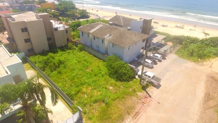 Terreno à venda na quadra do mar, 375 m² por R$ 229.000 - Paese - Itapoá/SC