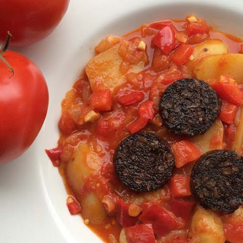 Red Pepper and Tomato Potatoes with VPud Black Pudding